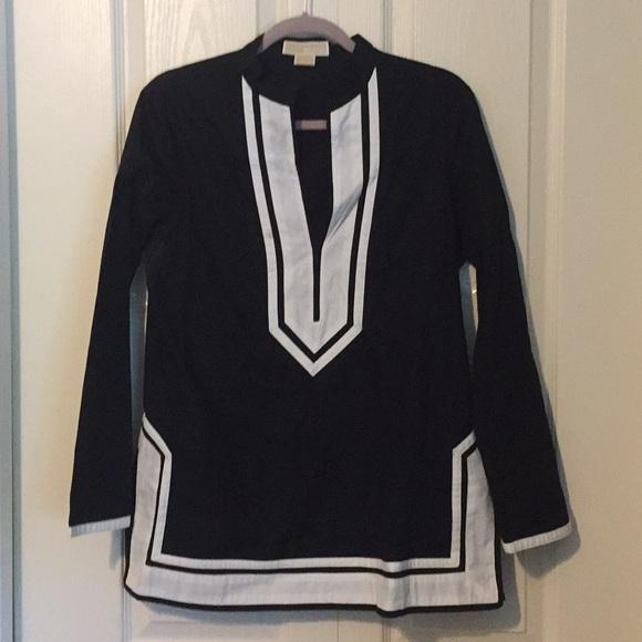 MICHAEL Michael Kors Tops - MK black/white tunic